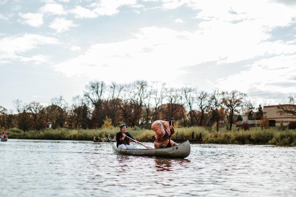 canoeparade-1174.jpg