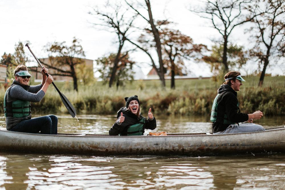 canoeparade-1135.jpg