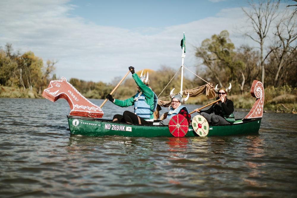 canoeparade-1126.jpg