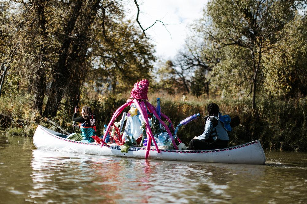 canoeparade-1081.jpg