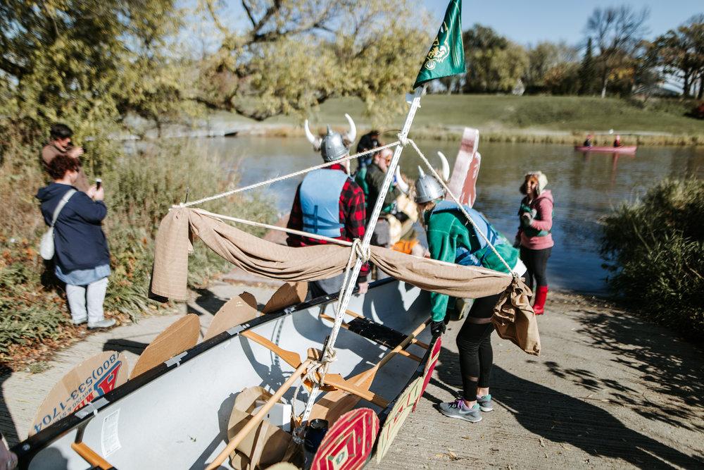 canoeparade-0855.jpg