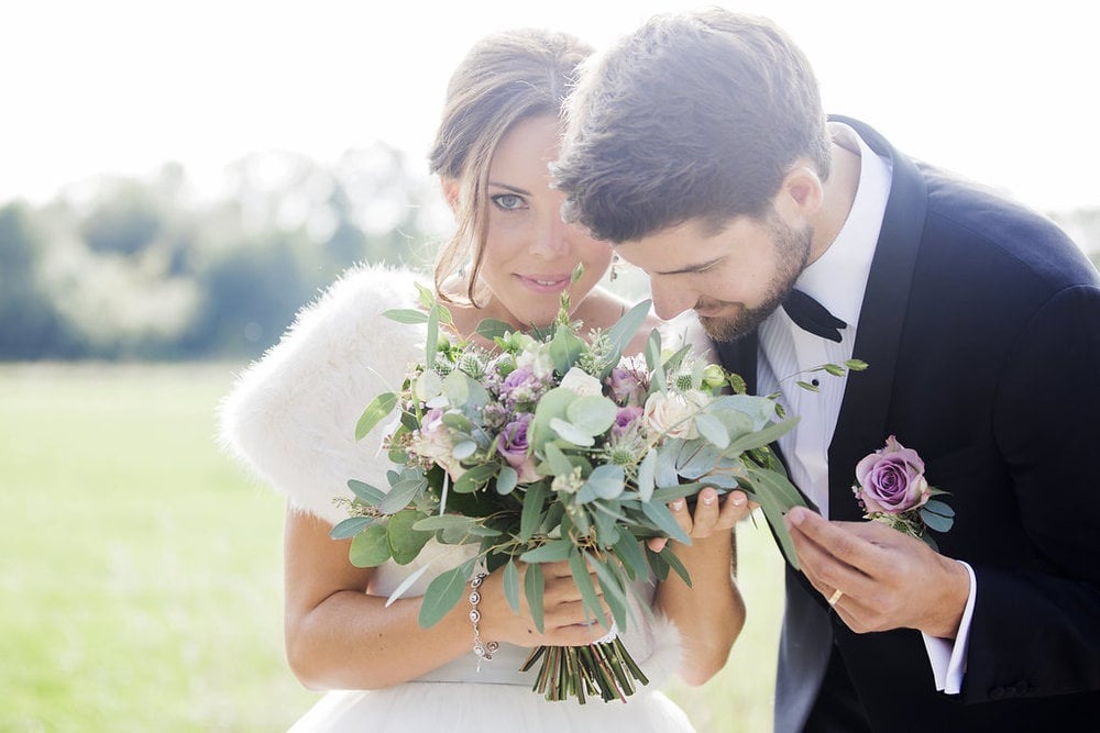Charmigt slottsbröllop med Josef och Katrine