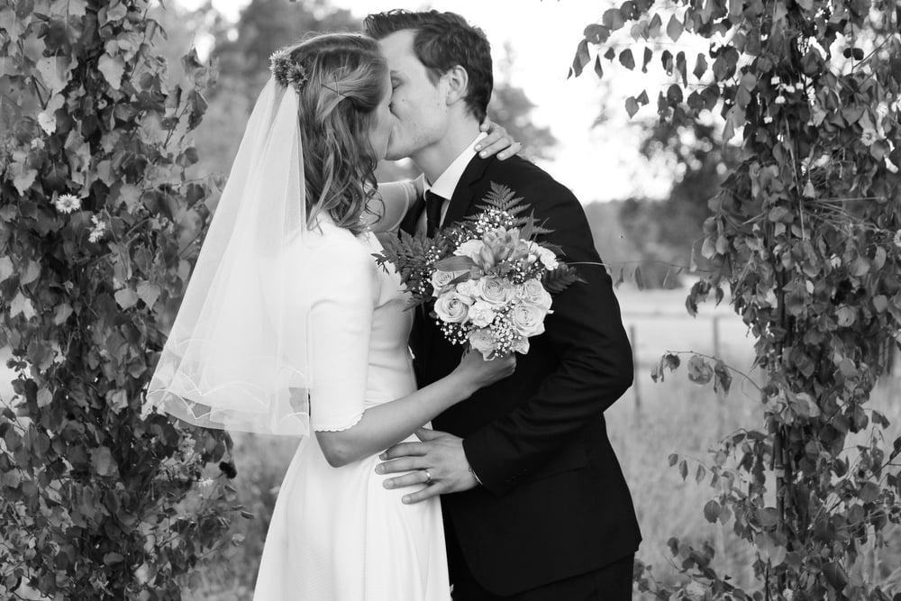 Elinor och Johans lantliga bröllop