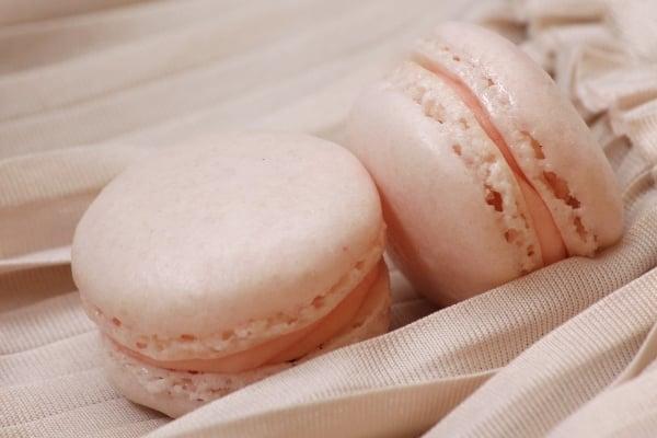 Gör dina egna macarons till dessertbordet