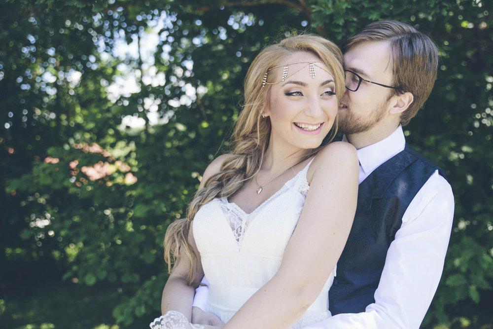 Bröllopsberättelse: Bohemiskt bröllop med Skai och Robin