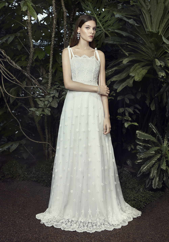 3141a10f3317 Senaste brudkollektionen från Zetterberg Couture