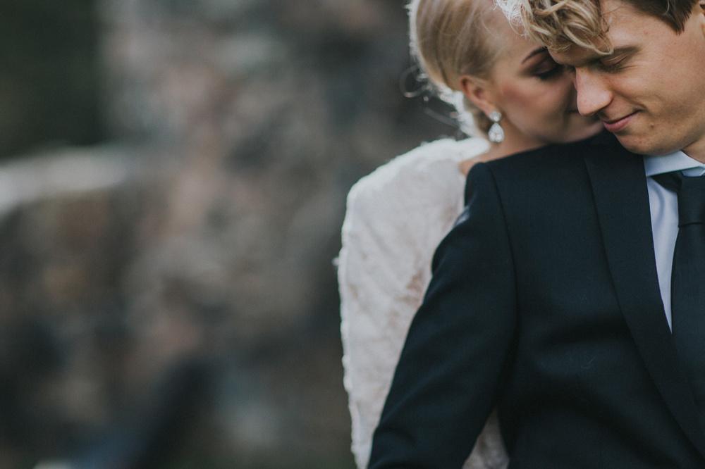 Stämningsfullt septemberbröllop