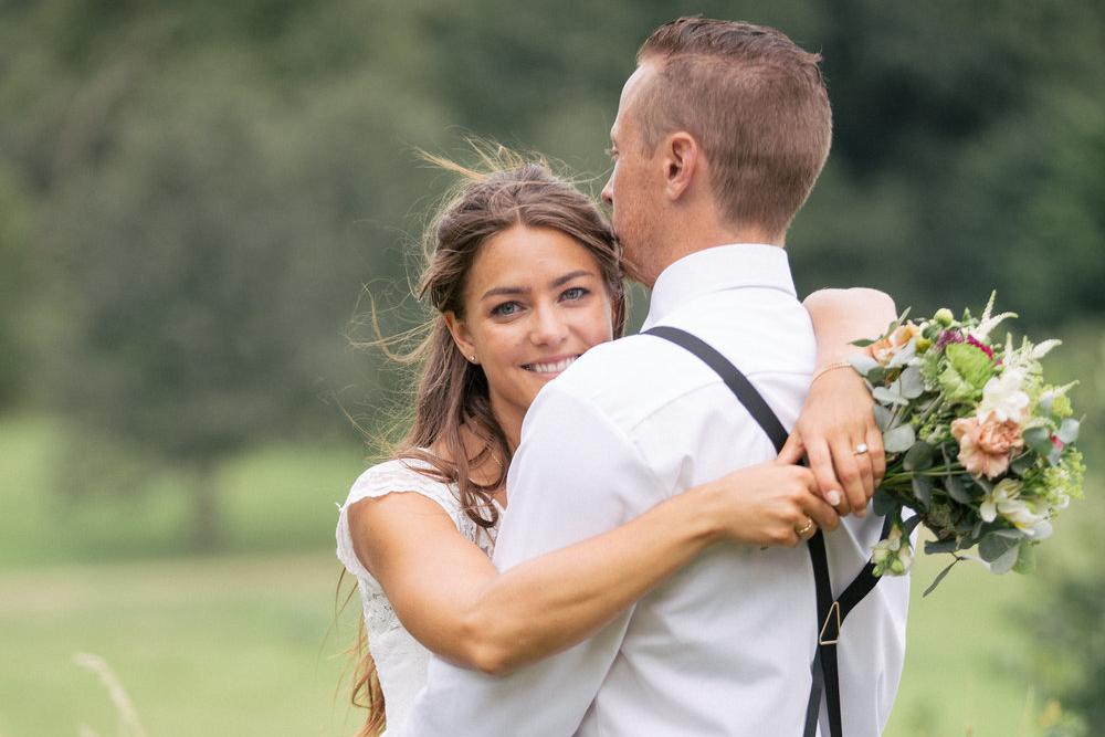 Personligt bröllop vid mälaren