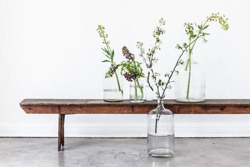 Dekorera elegant med kvistar