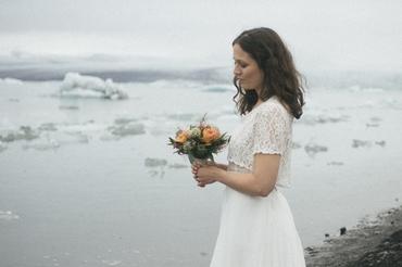 Bröllopsfotografering bland glaciärerna på Island
