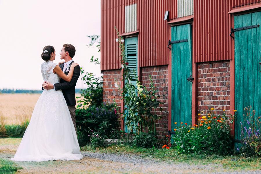 Klassiskt engelskt möter lantligt svenskt: Ronja och Matt