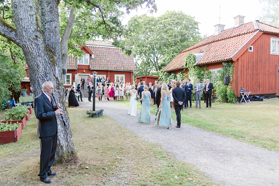 rebeccahansson.com-wedding-Elin-and-Peder-august-13th-2016-(336).jpg