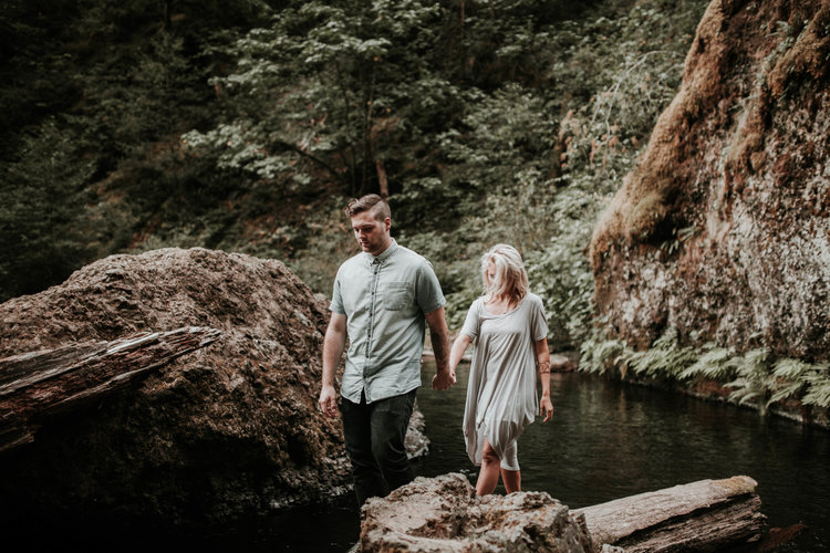 Wachella+falls,+columbia+gorge+engagement-karra+leigh+photography+21.jpg