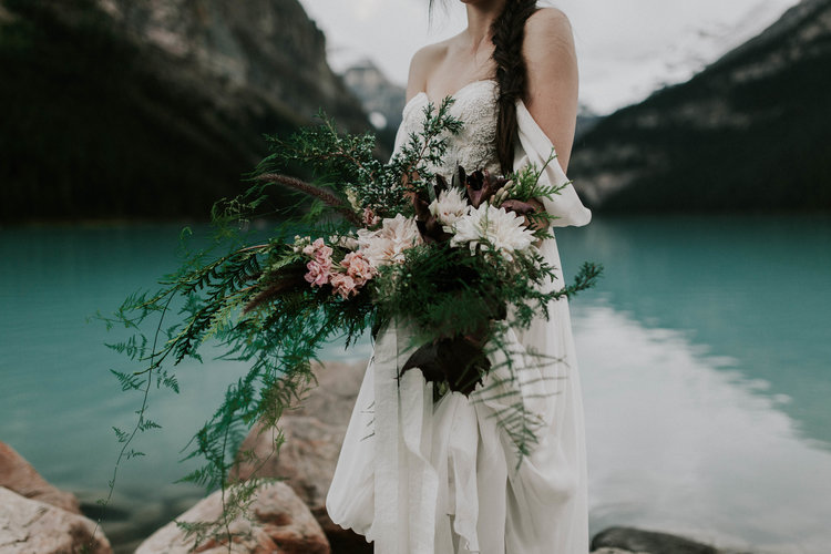 Lake+Louise+Elopement-Banff+National+Park+Wedding-9.jpg