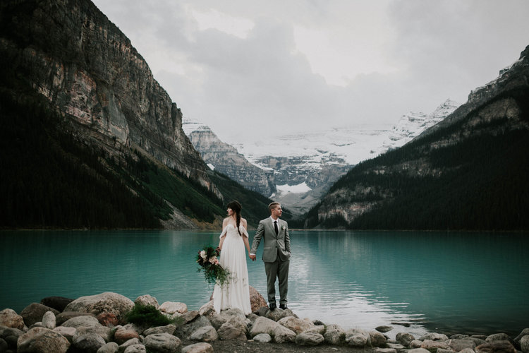 Lake+Louise+Elopement-Banff+National+Park+Wedding-11.jpg