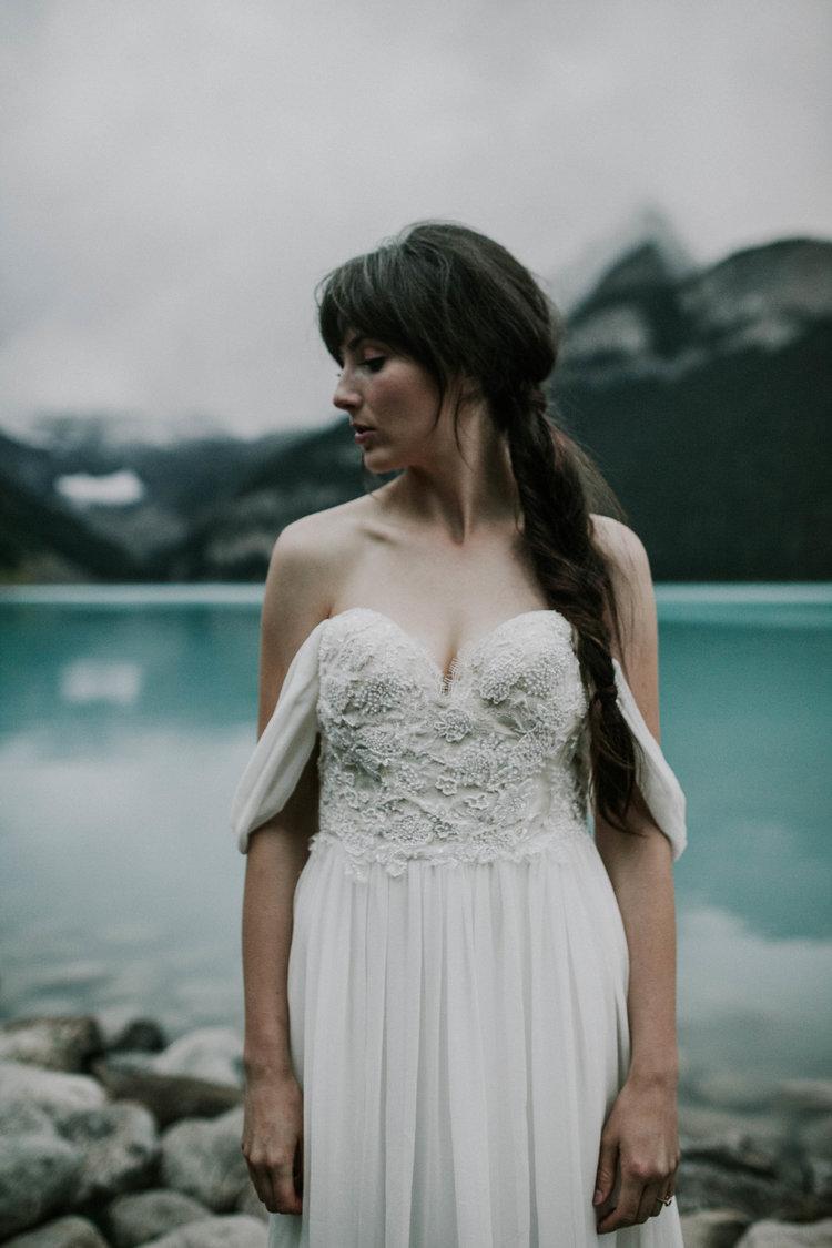 Lake+Louise+Elopement-Banff+National+Park+Wedding-33.jpg
