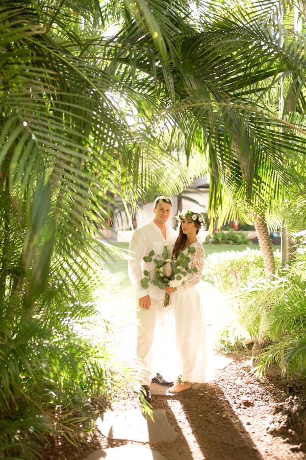 VanessaHicksPhotography_HiltonHawaiianBeachStyledShootVanessaHicksPhotography8007_low.jpg