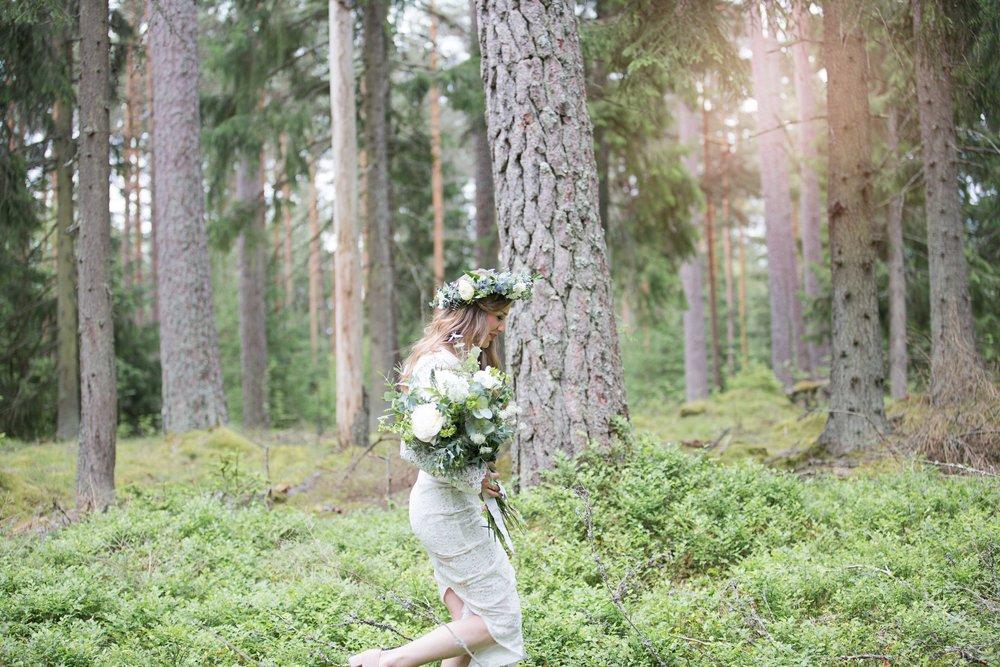Brudklänning skogsbröllop