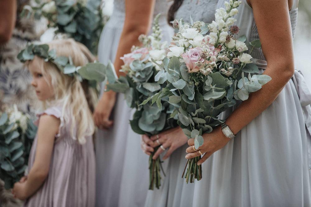 Brudtärnebuketter bröllop