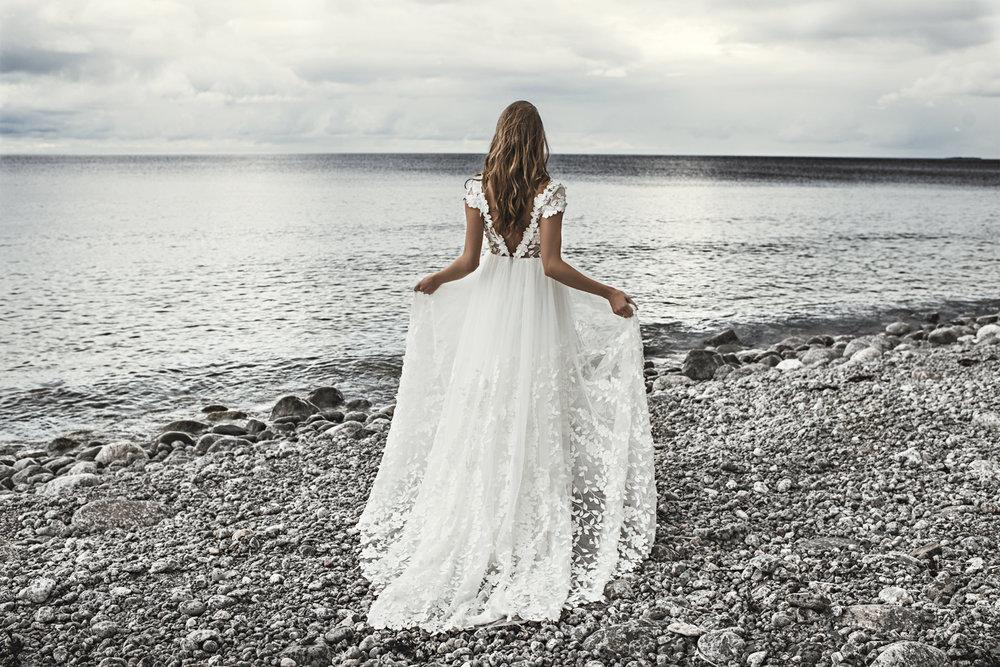 By Malina bohemiskt bröllopsklänning
