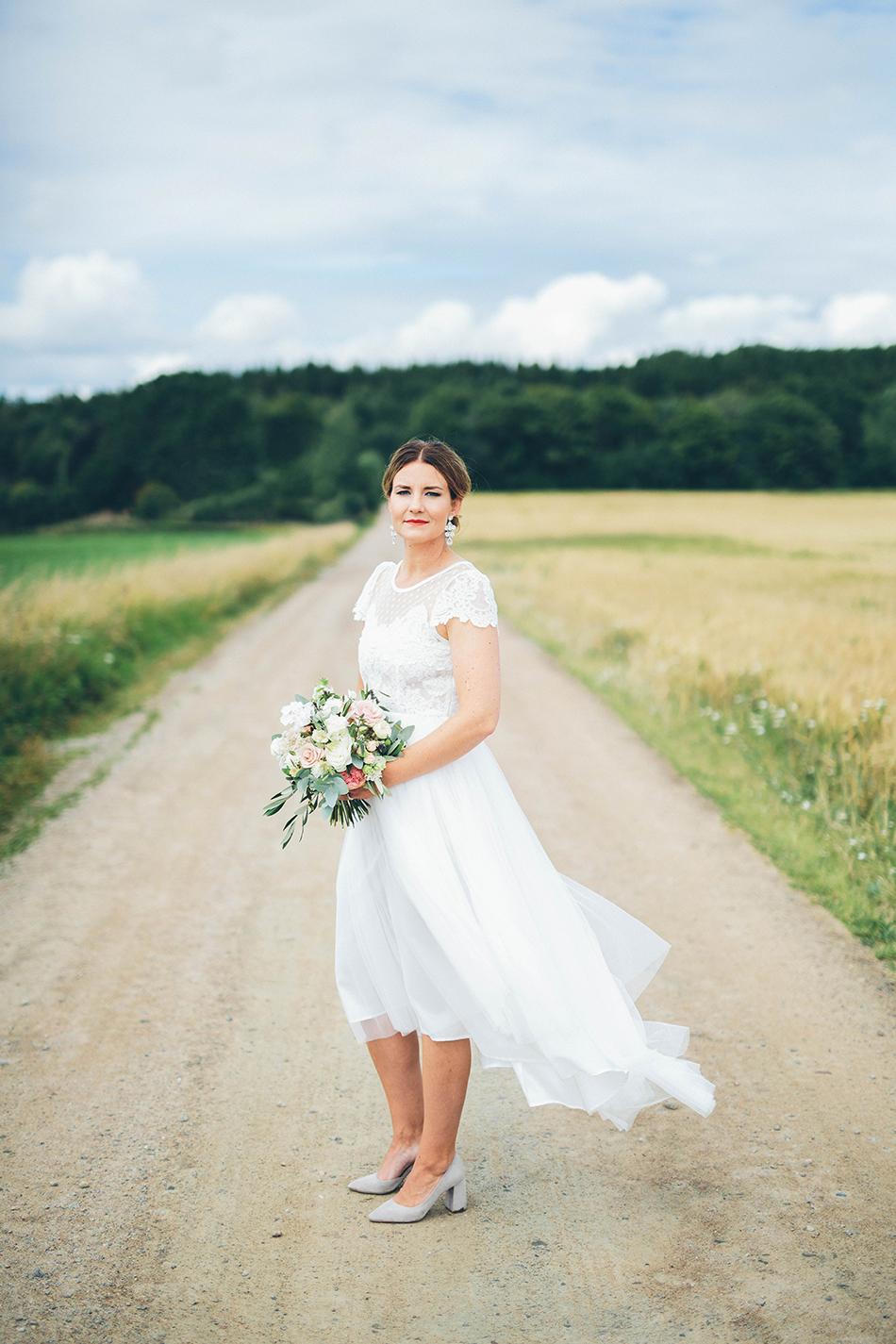 Fotograf: Wild Stories // Brudklänning:  Ida Sjöstedt