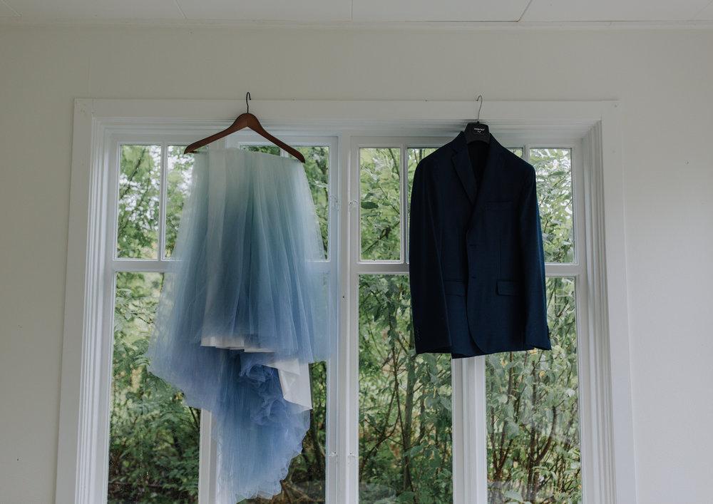 Blå brudkjol.jpg