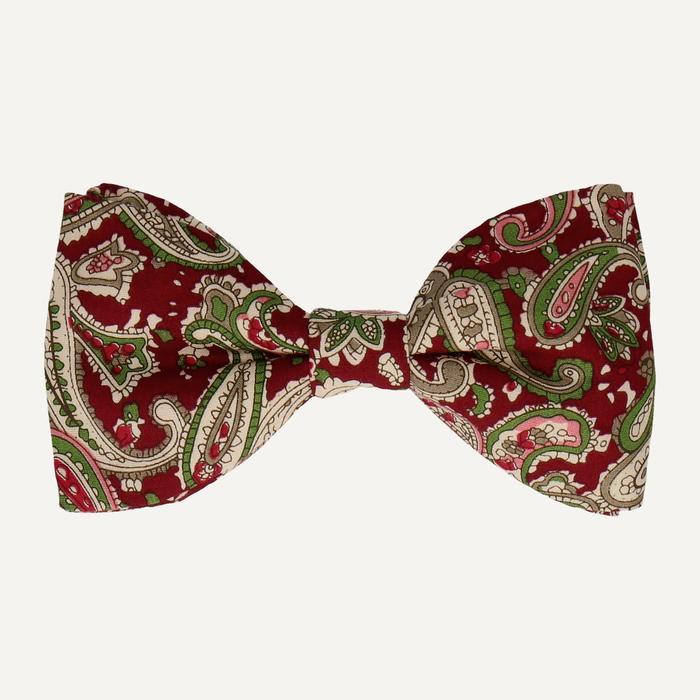 Fluga,  Mrs Bow Tie