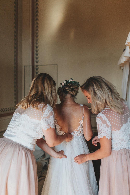 brudklänning.jpg