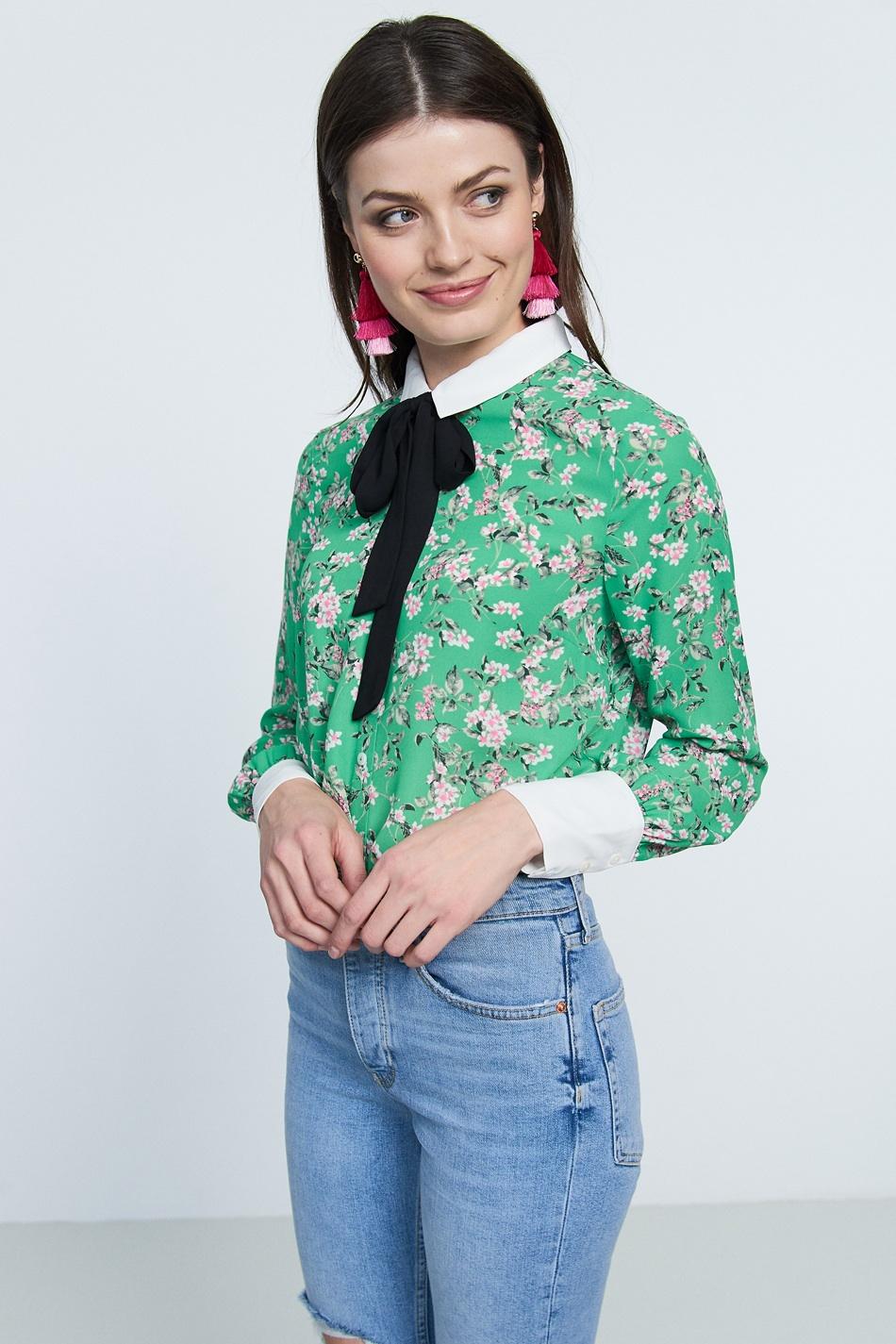 Grön skjorta , Gina Tricot