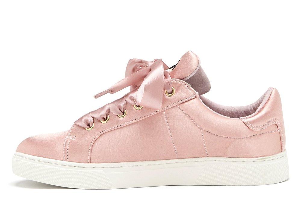 rosa_sneakers.jpg