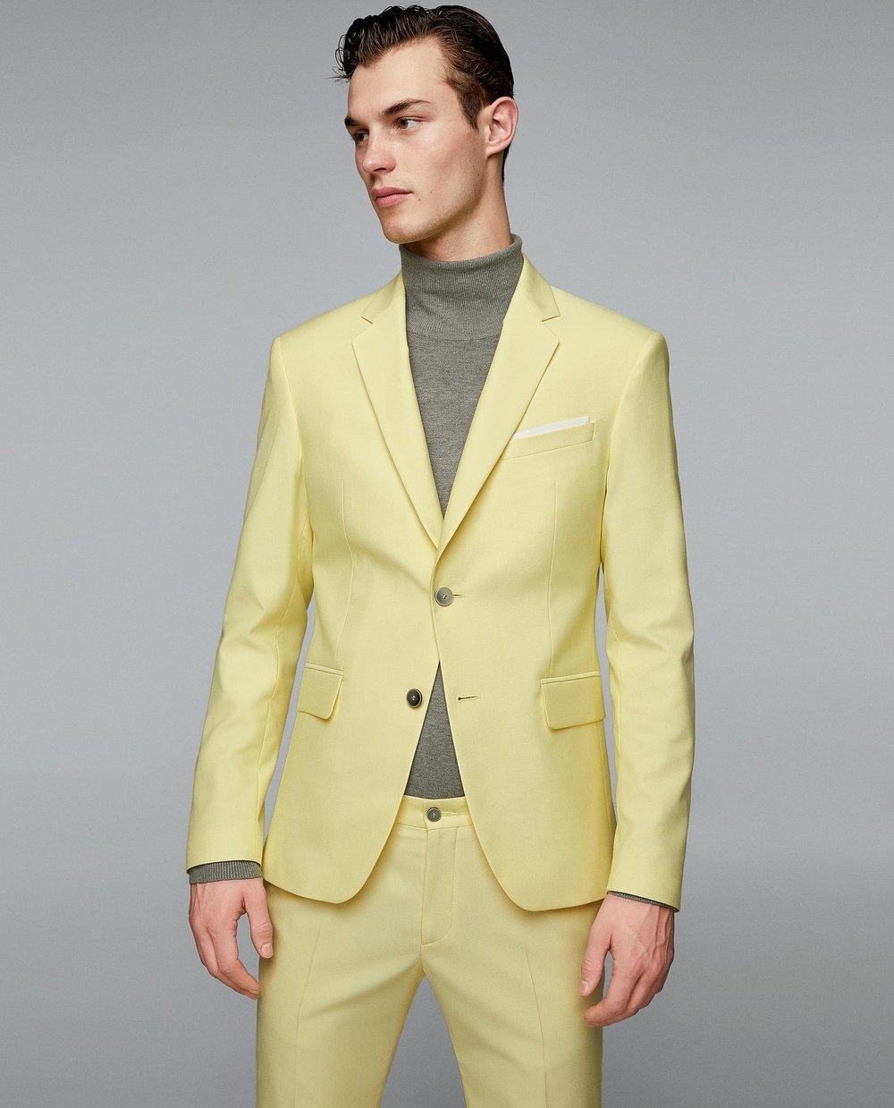 Gul kostym , Zara
