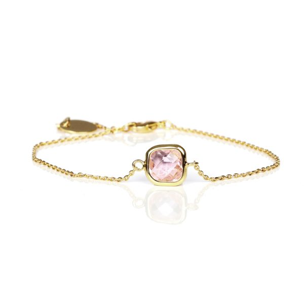 Carryyourself-pink-bracelet-600x598.jpg