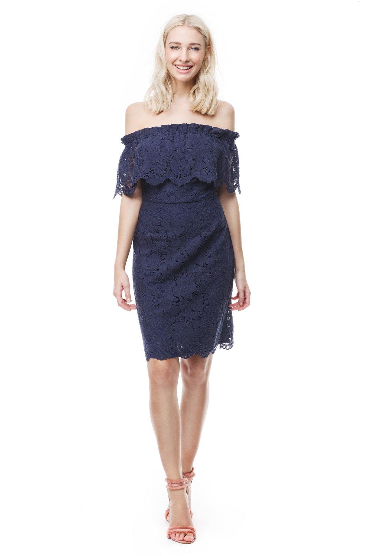 Mörkblå klänning , By Malina