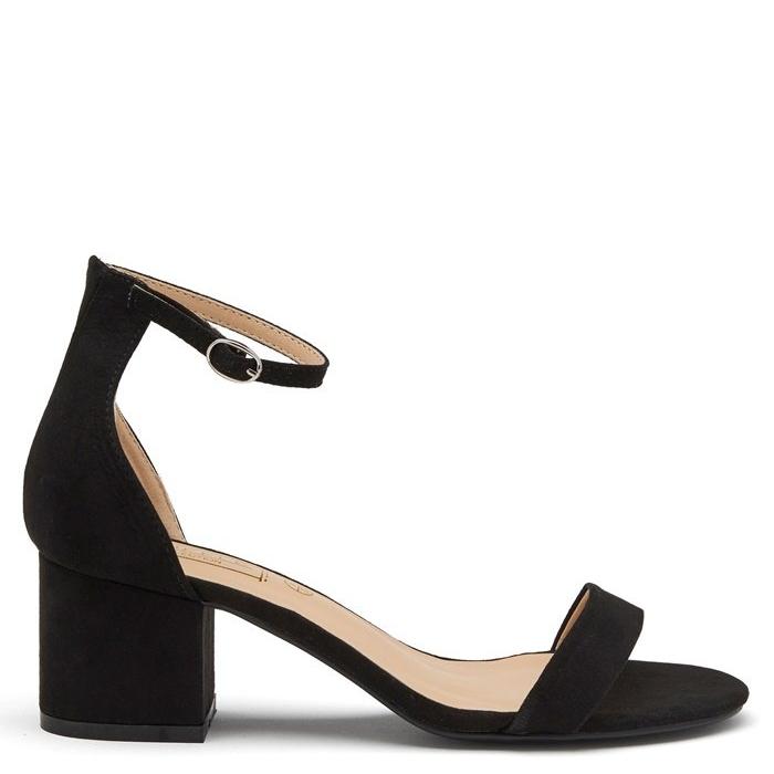 Svarta sandaletter , Bubbleroom