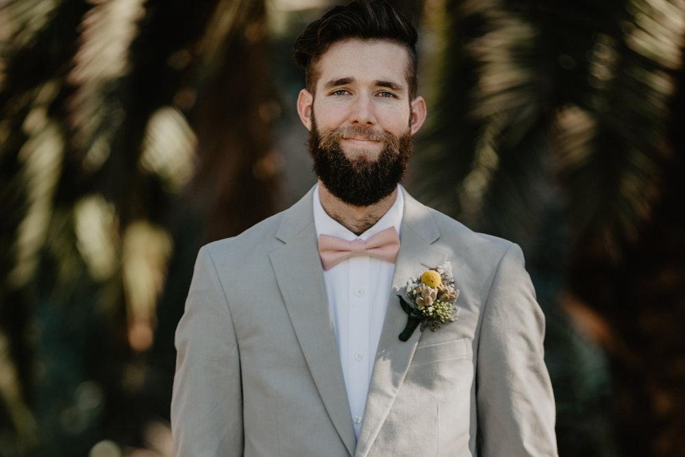 wedding+bröllop+lantligt+brudgum+klädsel