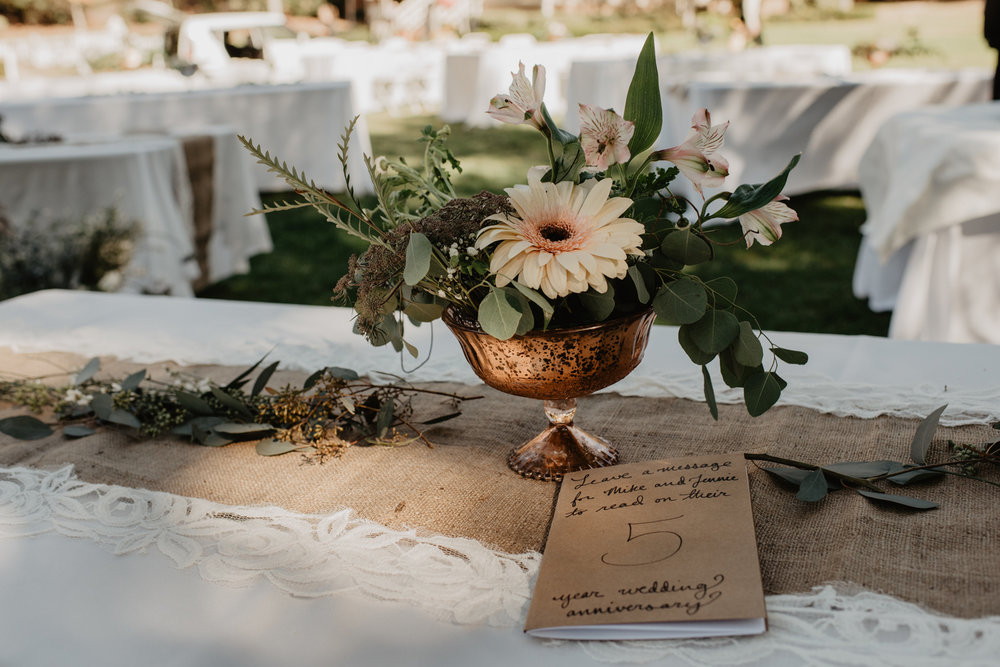 bröllop+lantligt+dukning