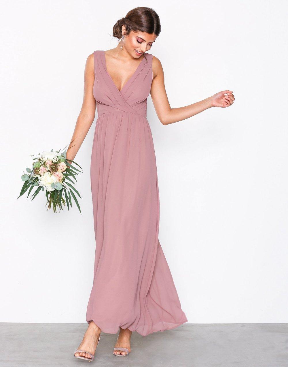 Gammelrosa klänning , Nelly