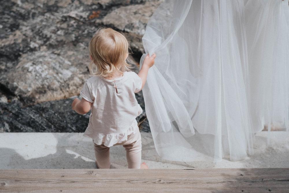 barn på bröllop.jpg