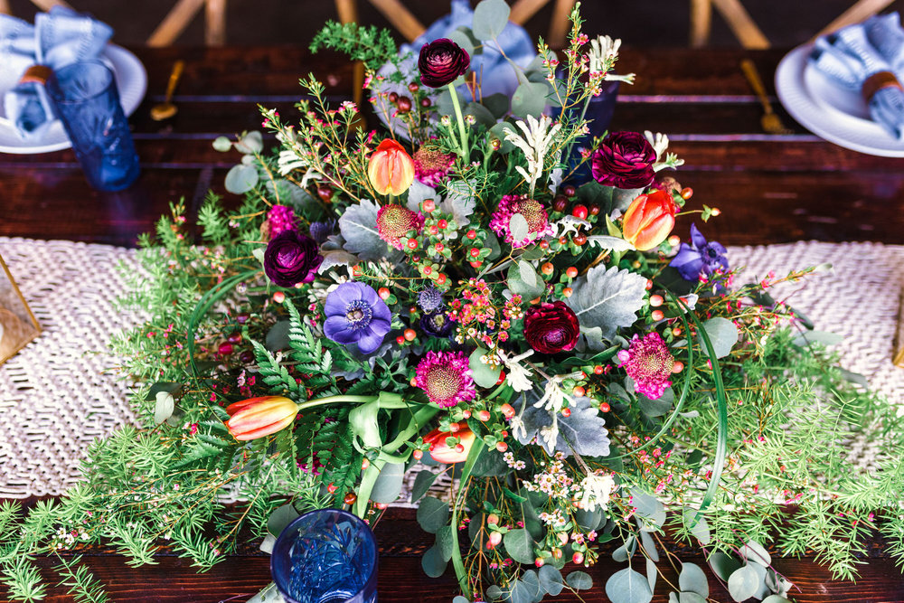 boho+bröllop+bordsdukning+blommor