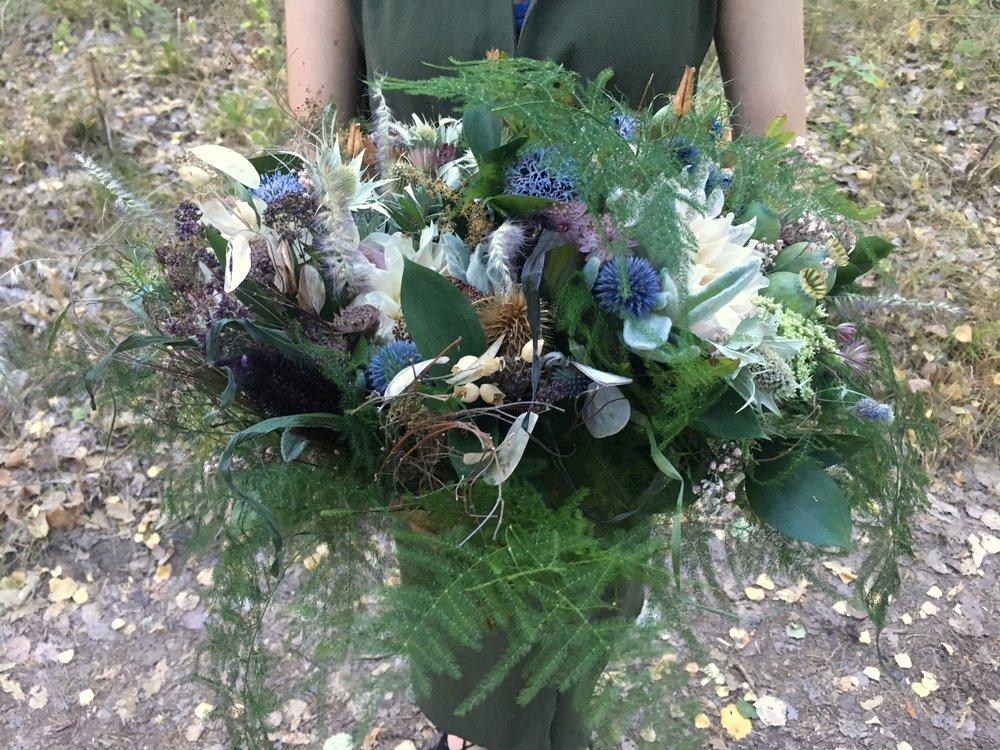 Kraft Wedding series bouquet.jpeg
