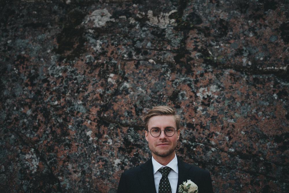 brudgum + kostym + bröllop