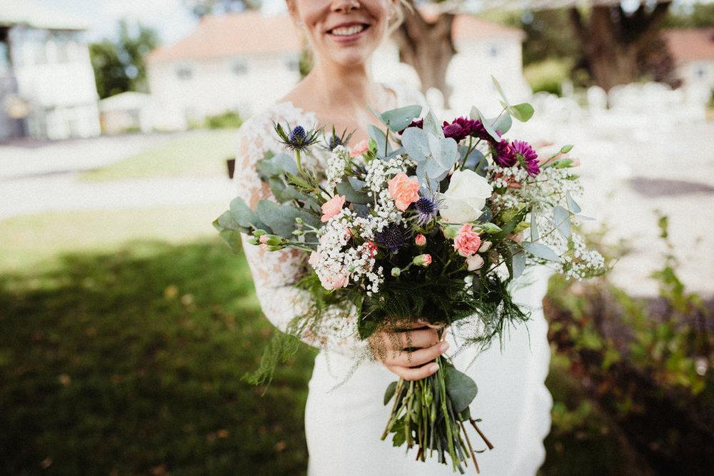 yvig och bohemisk brudbukett