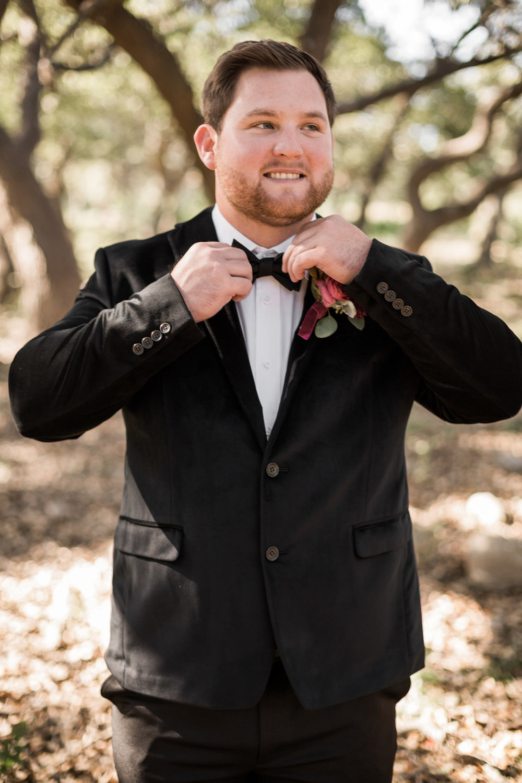 bröllop+brudgum+kostym+rustikt