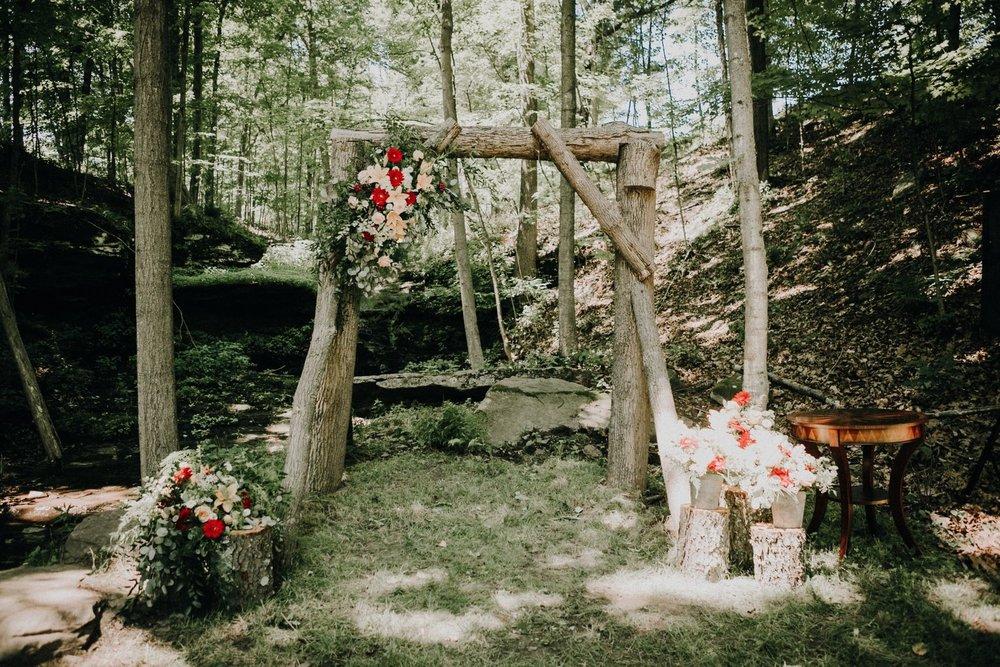 bröllop+rustik+vigselbåge