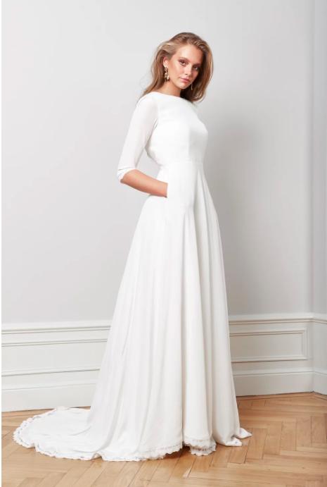 Brudklänning med fickor , By Malina