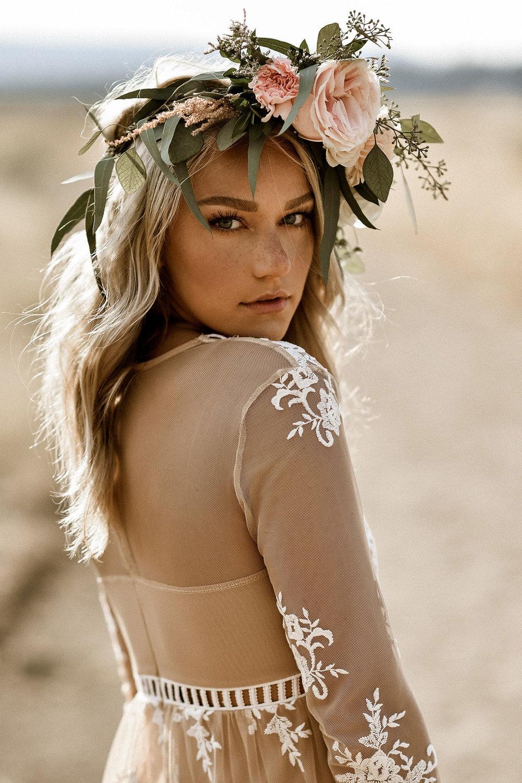 boho+brudklänning+bohemisk+klänning+hårfrisyr