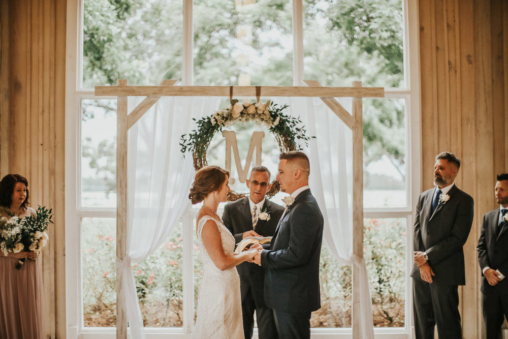 elegant+lantligt+bröllop+vigsel