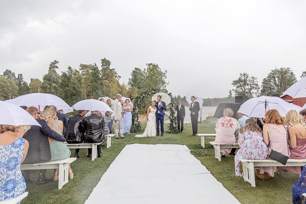 Bröllop i regn