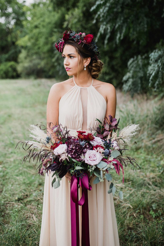 dramatisk+bröllopsklänning