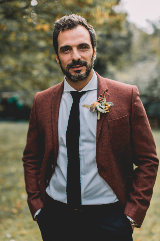 bröllop+boho+höst+brudgum+kostym